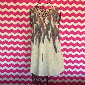 Tops - NWOT feather tank top